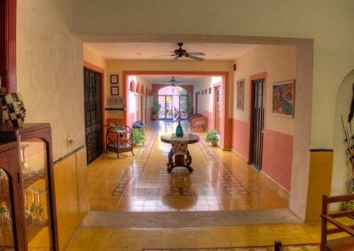 Gallery-pasillo-hotel-800